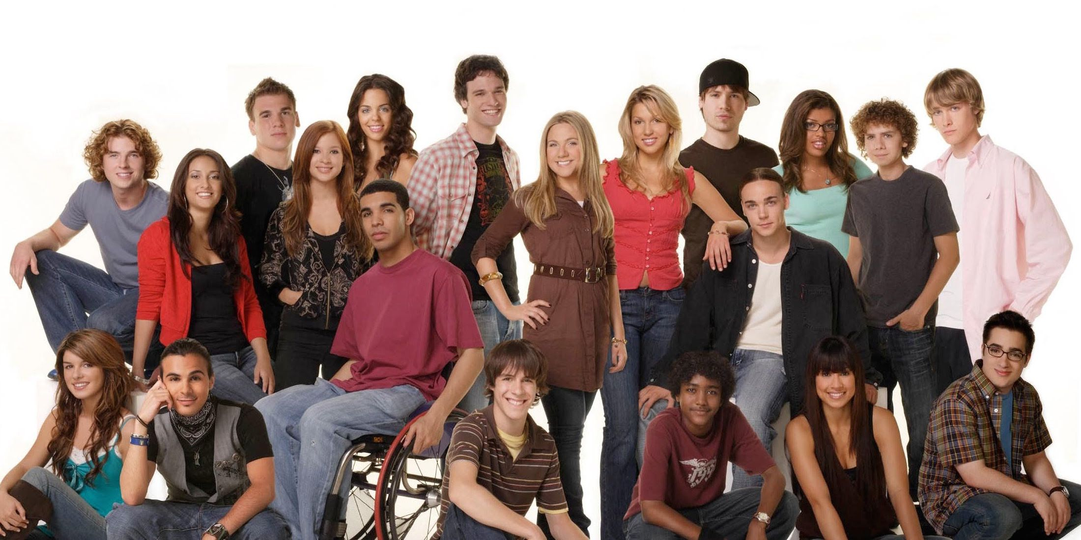 Degrassi cast dating in real life
