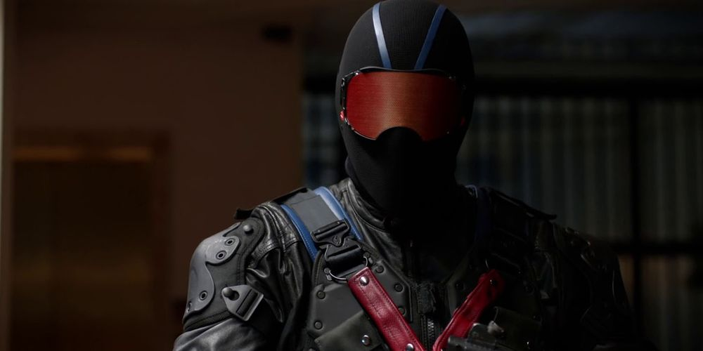 Arrow Reveals Vigilante's Identity