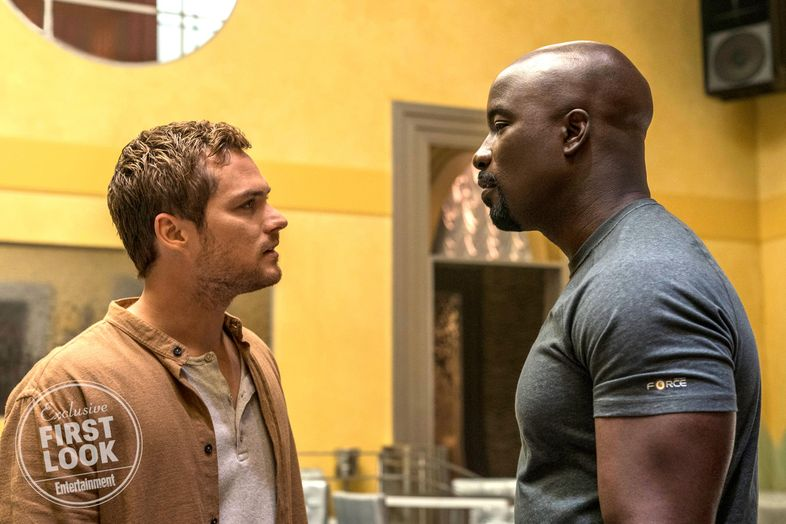 Luke Cage/power Man ( Marvel) - Page 2 Finn-Jones-and-Mike-Colter-in-Luke-Cage-season-2