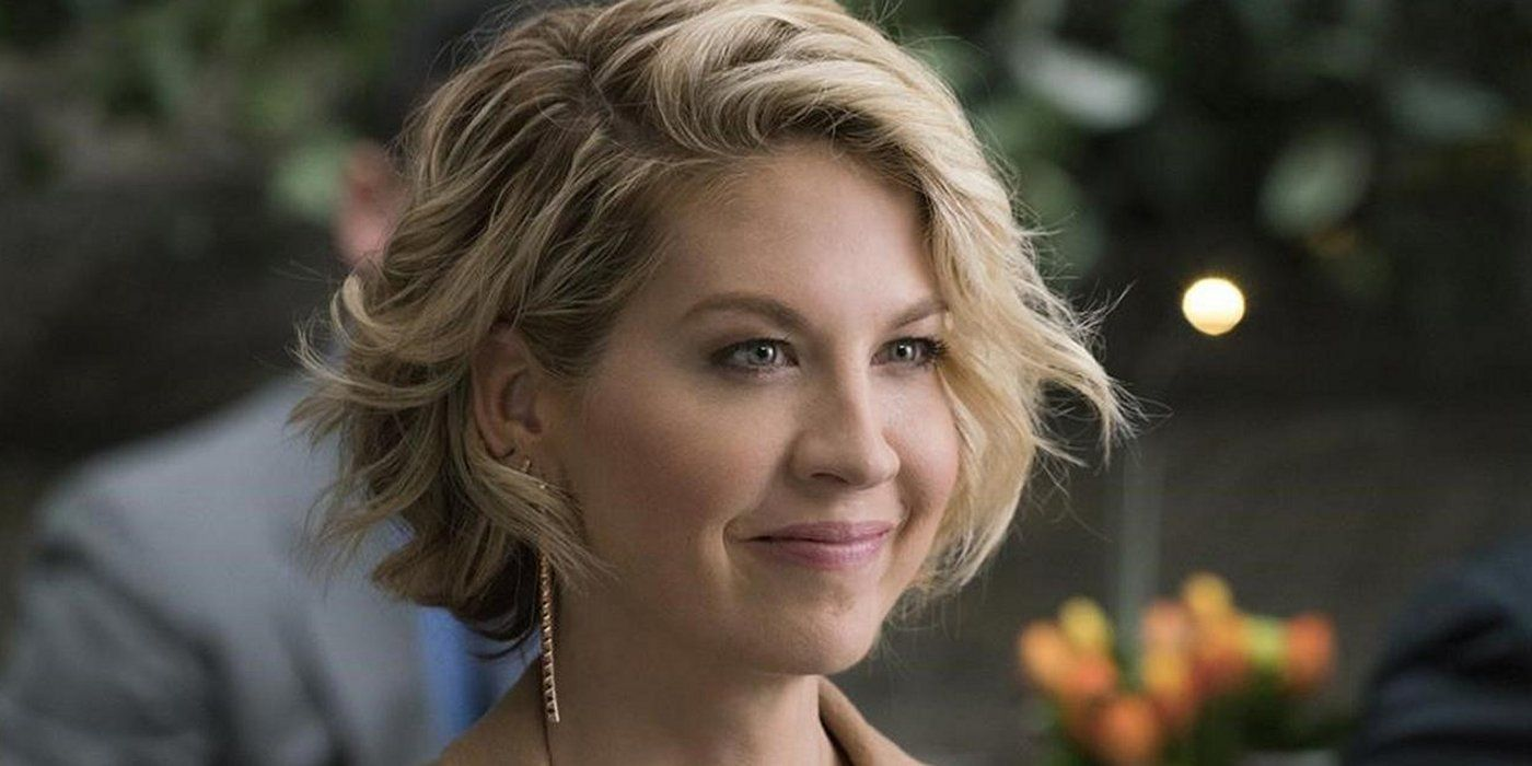 Fear the Walking Dead Casts Jenna Elfman