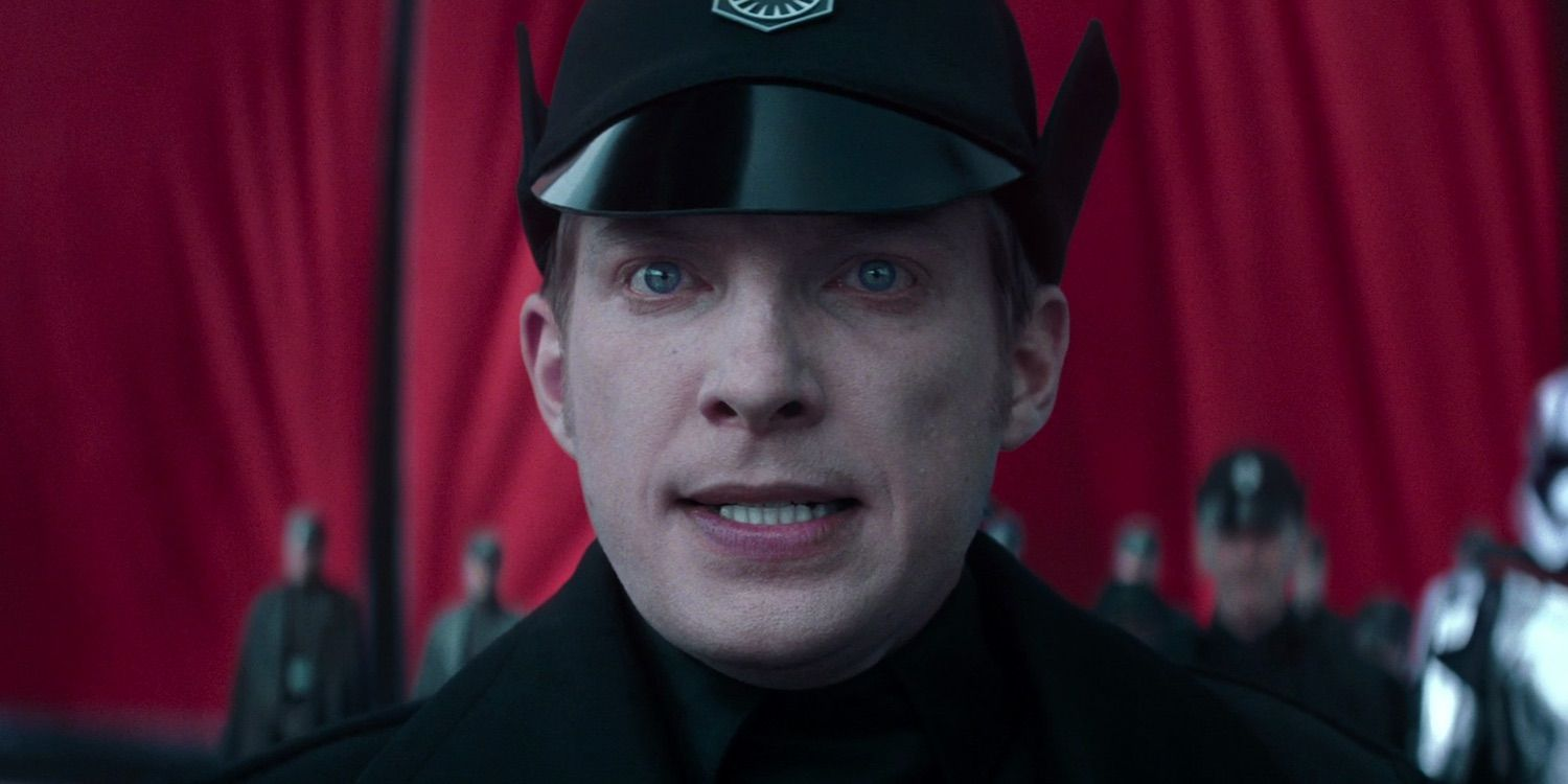 Hux's Comedy In Star Wars 8 Made Sense | Screen Rant