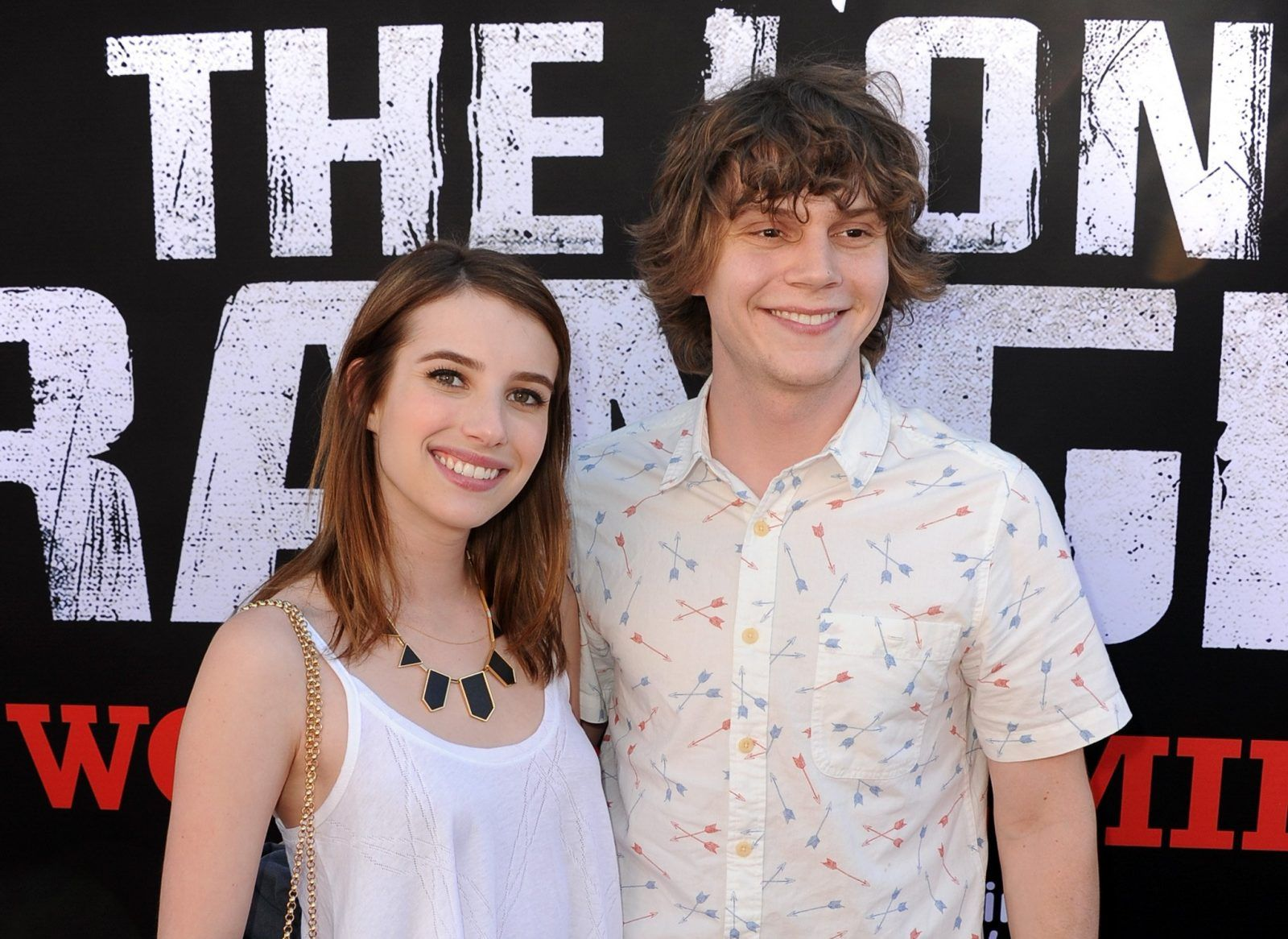 Emma Roberts a Evan Peters