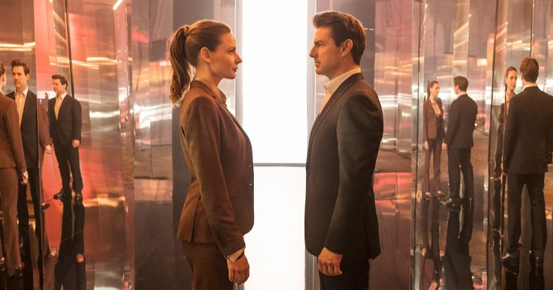 Mission Impossible : Fallout - Page 2 Rebecca-Ferguson-and-Tom-Cruise-in-Mission-Impossible-Fallout