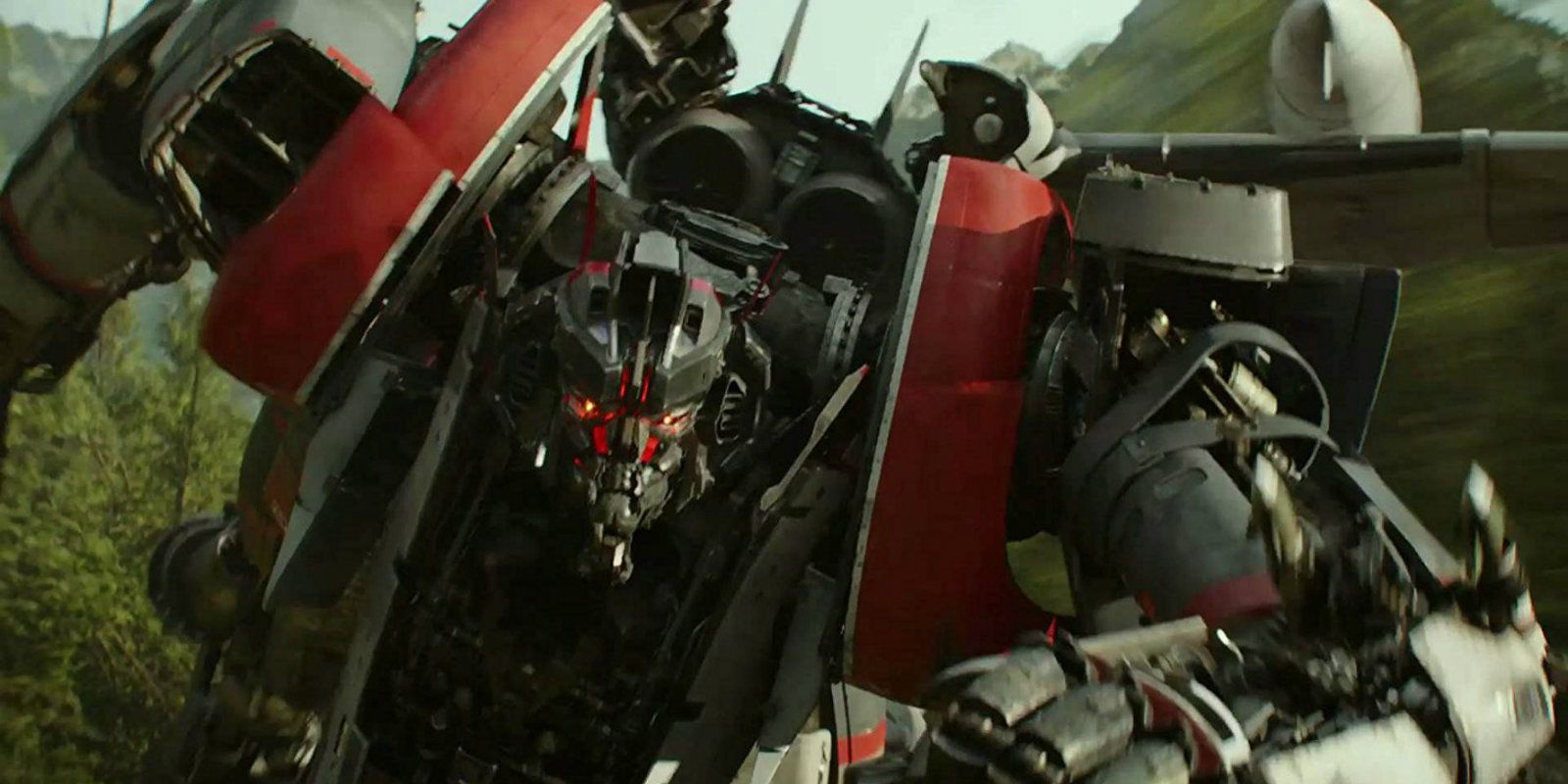transformers bumblebee movie includes fewer decepticons