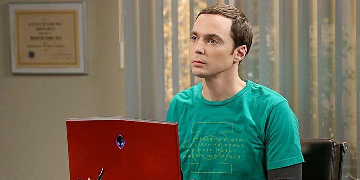Jim-Parsons-as-Sheldon-Cooper-in-The-Big-Bang-Theory.jpg (740×370)