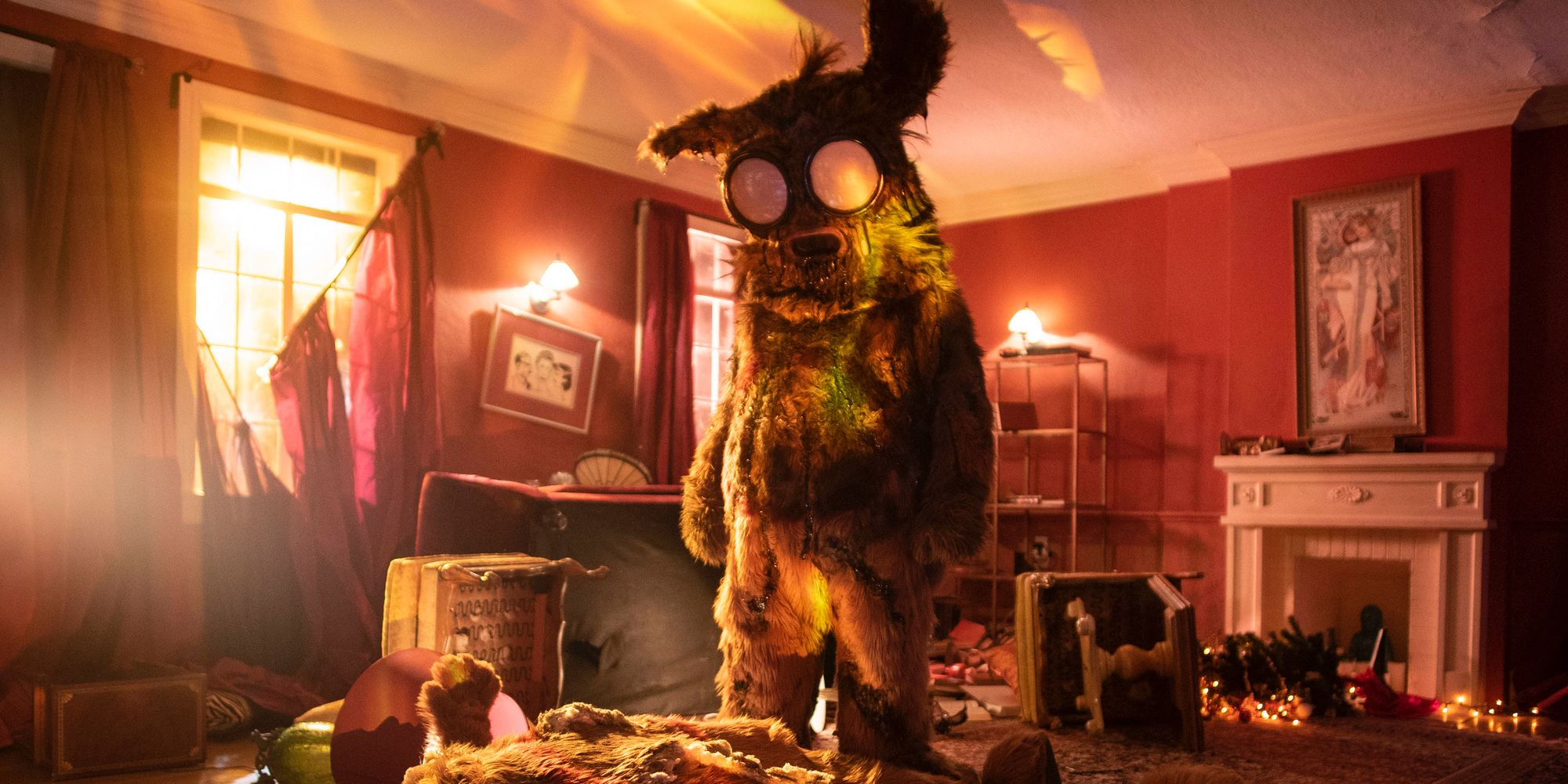 Into the Dark: Pooka! Trailer | ScreenRant