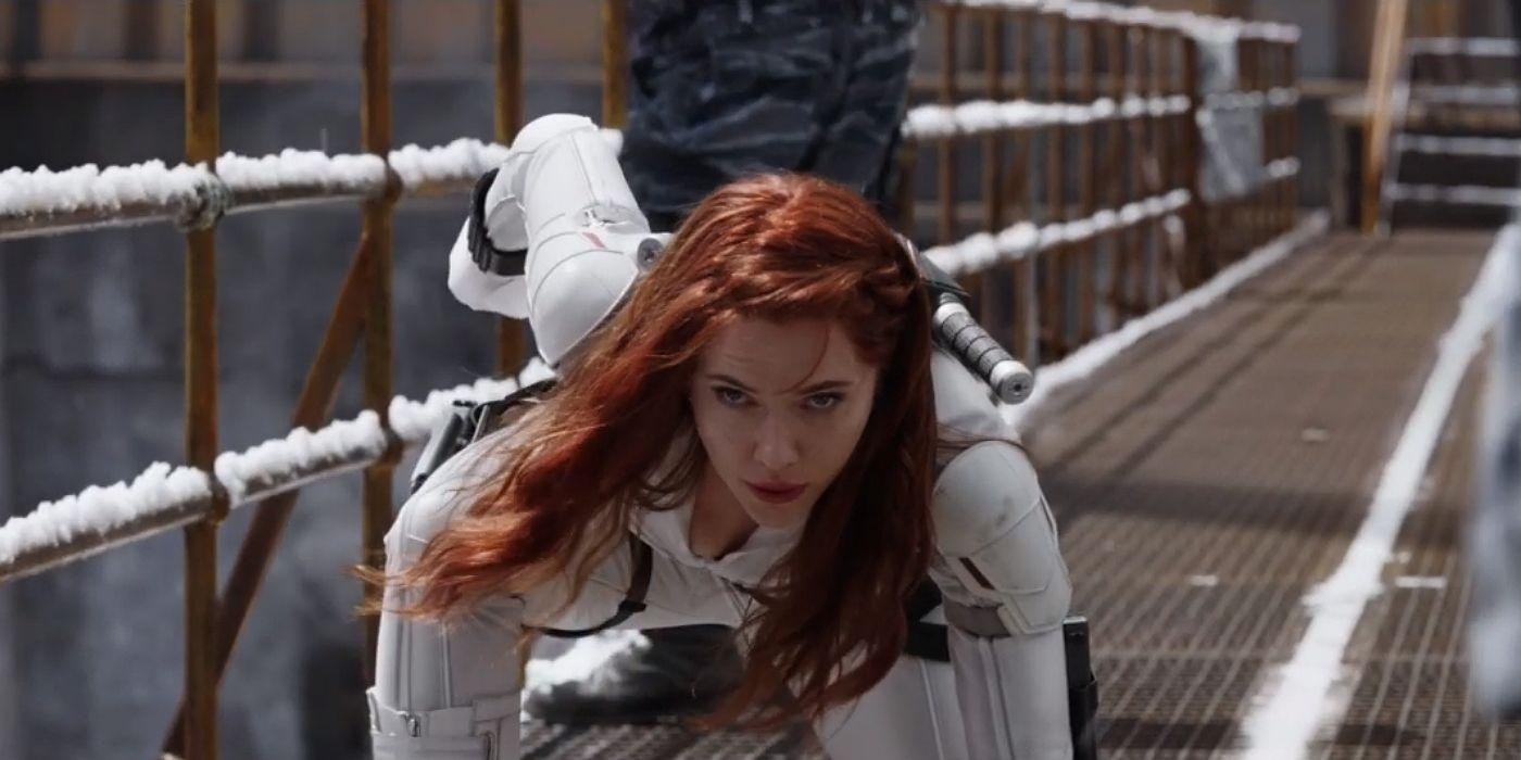 Black Widow S White Costume Comic History Explained