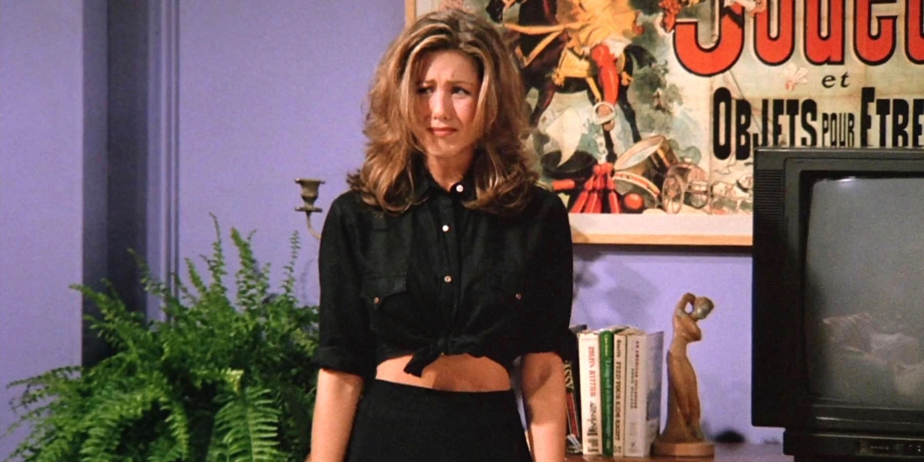 Jennifer Aniston Still Wears Clothes & Shoes Taken From The Friends Set