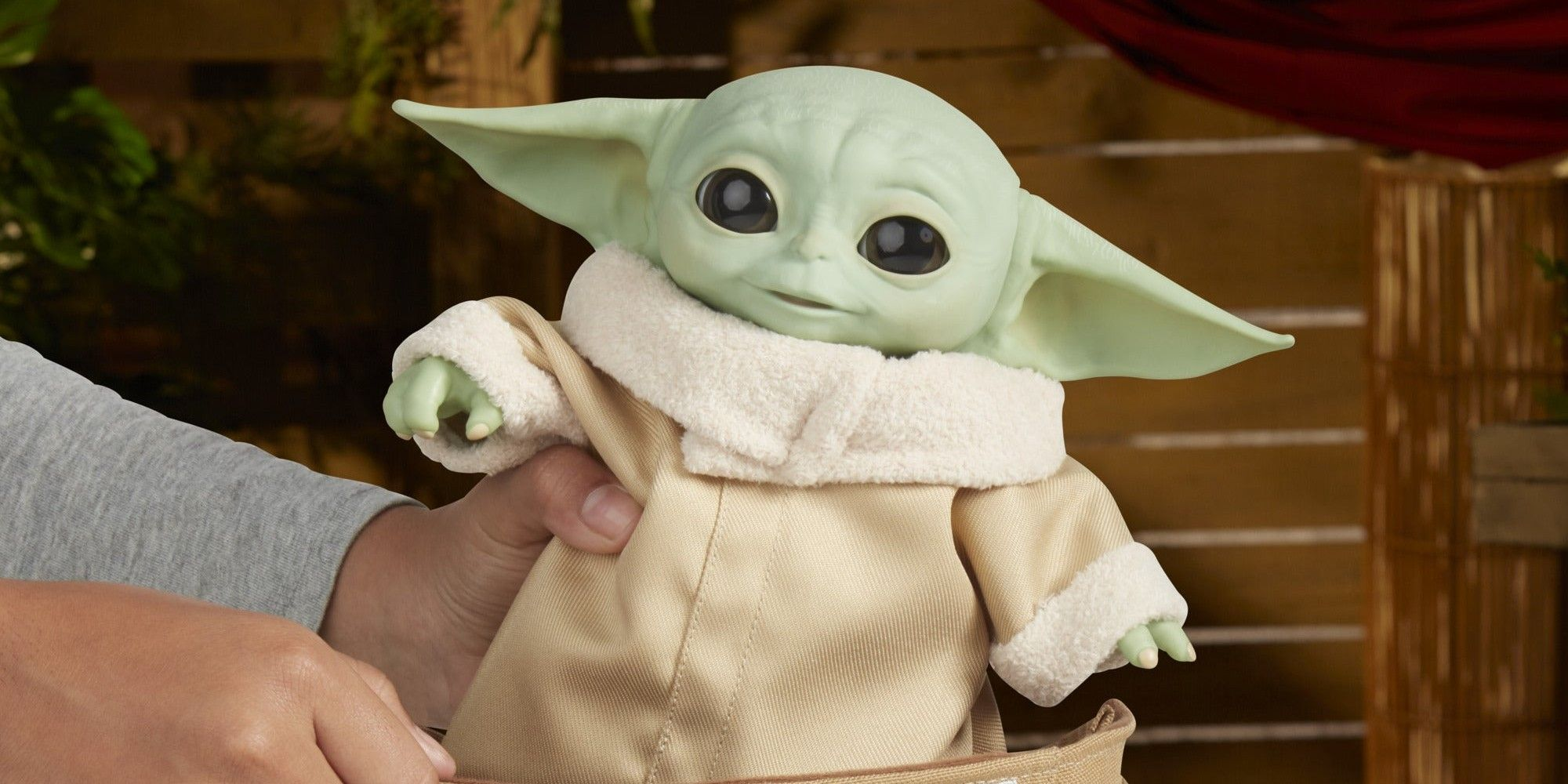 New Star Wars The Mandalorian The Child Baby Yoda Animatronic Edition Brand New!