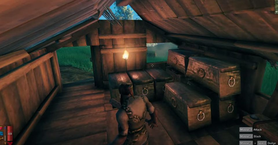How to Stack Chests in Valheim | Screen Rant