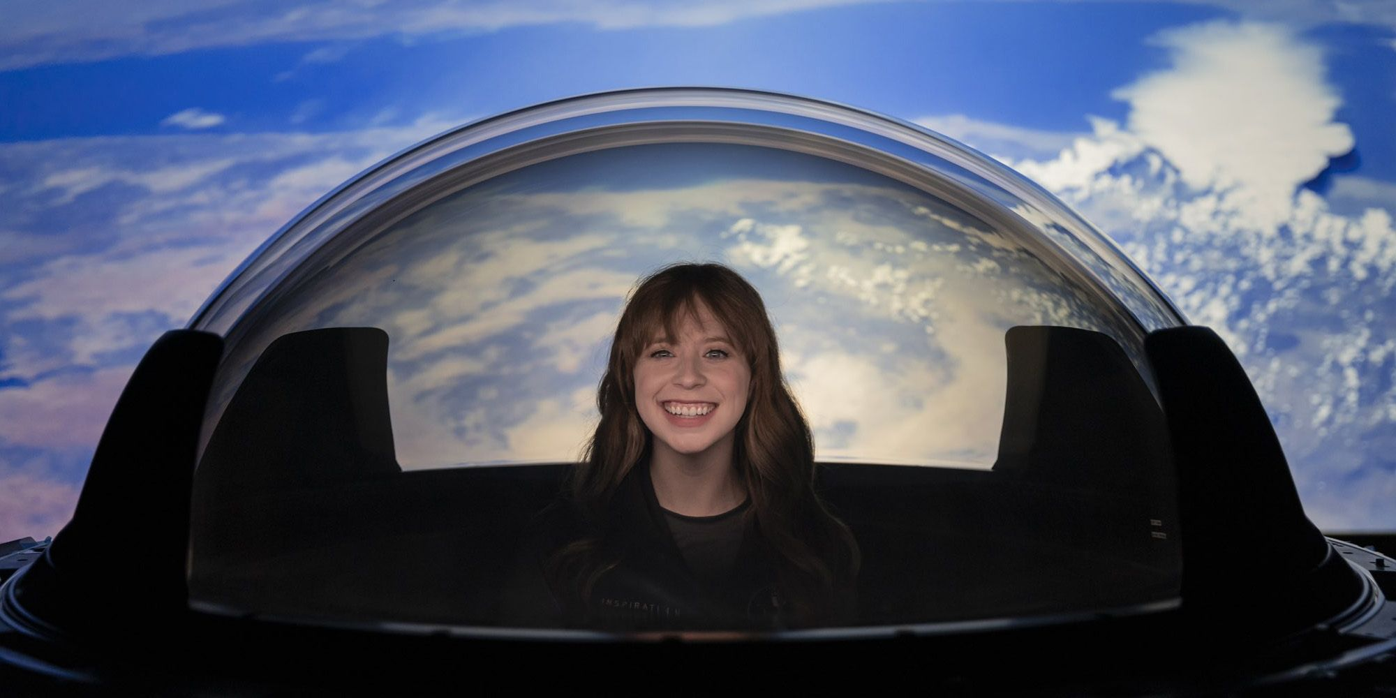 SpaceX Added A Glass Dome To Its Dragon Capsule So Astronauts Can Enjoy The View - Screen Rant