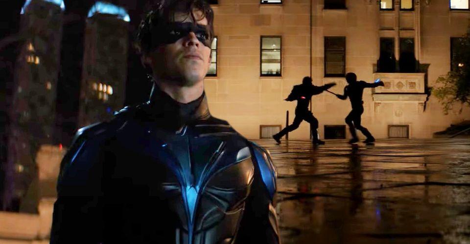 Is Nightwing dead in Titan season 3 episode 11?
