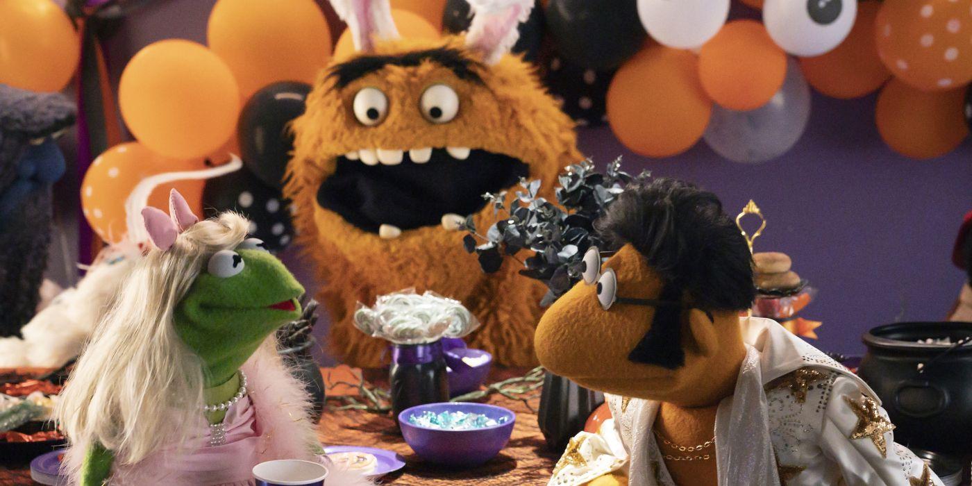 Miss Piggy Interview: Muppets Haunted Mansion
