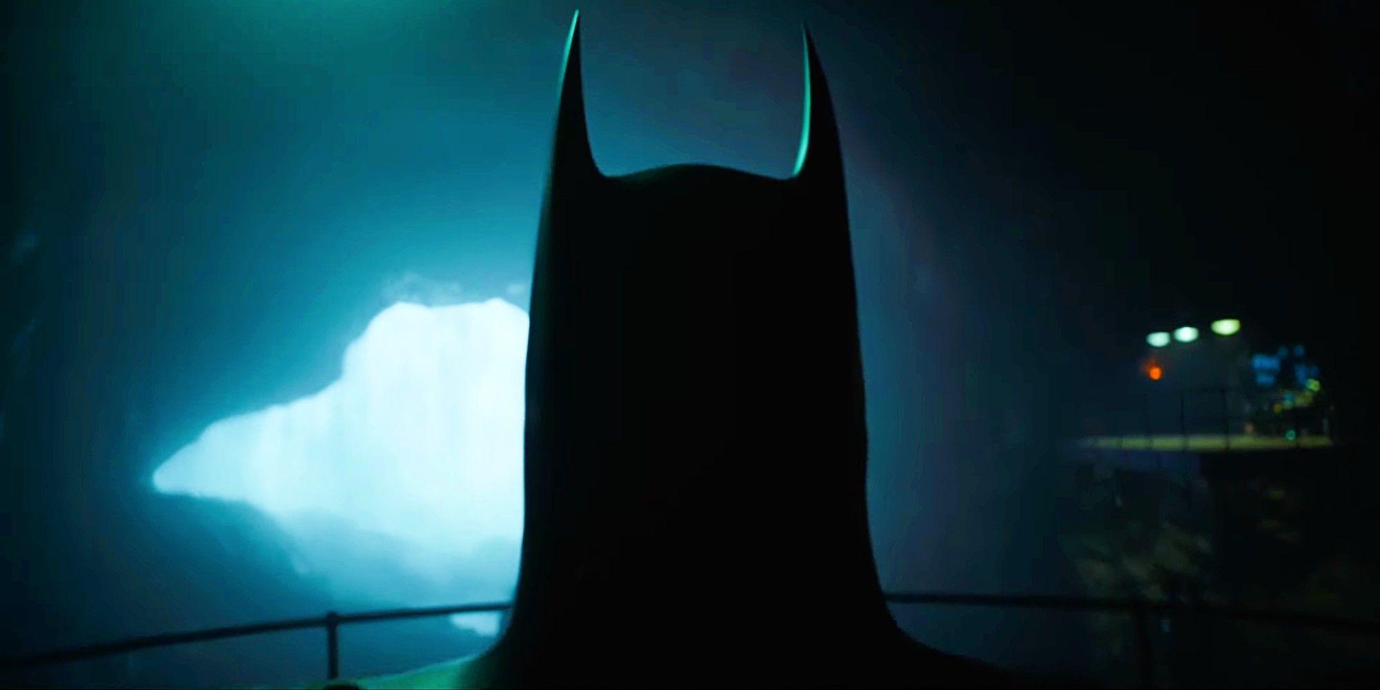 Michael Keaton s Batman Returns To The Batcave In The Flash Movie Image