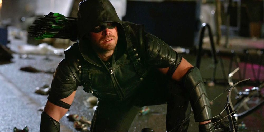 Arrow: Anatoly Has 'Interesting Power' Over Oliver in Season 6