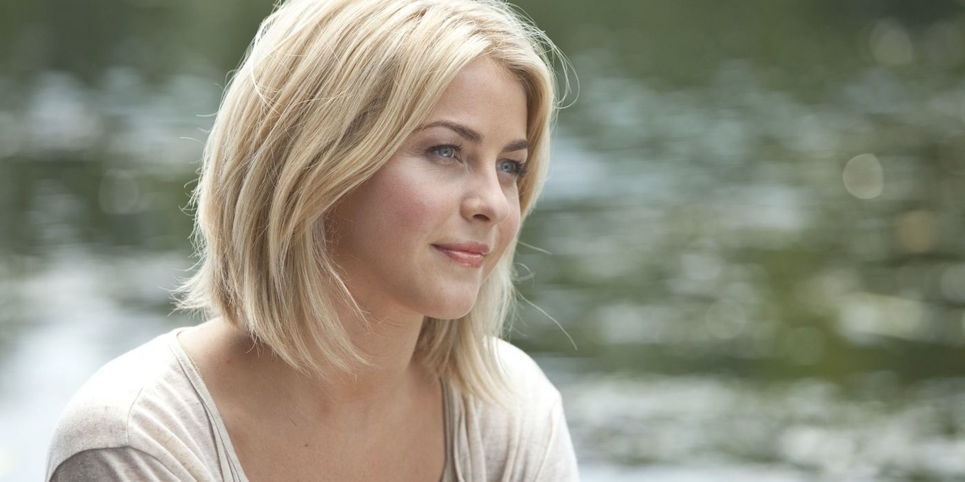 Julianne Hough Follows America S Got Talent Controversy With